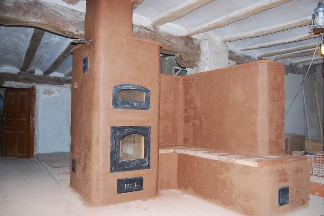 Estufa de Inercia con banco y respaldo caliente