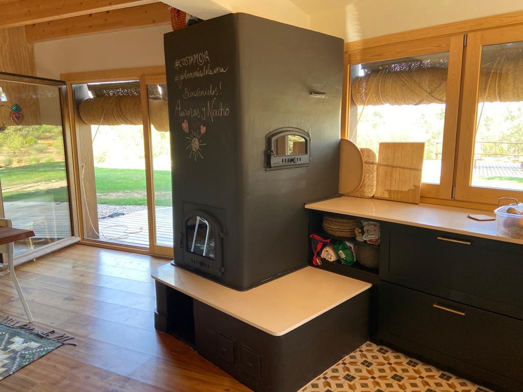 Estufa de inercia con camara de aire, banco caliente y horno blanco